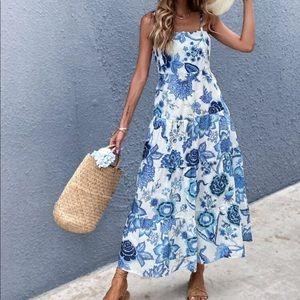 Boho floral tie shoulder maxi dress